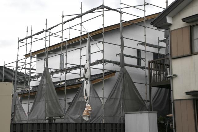 外壁塗装の費用の相場と価格を抑えるポイント